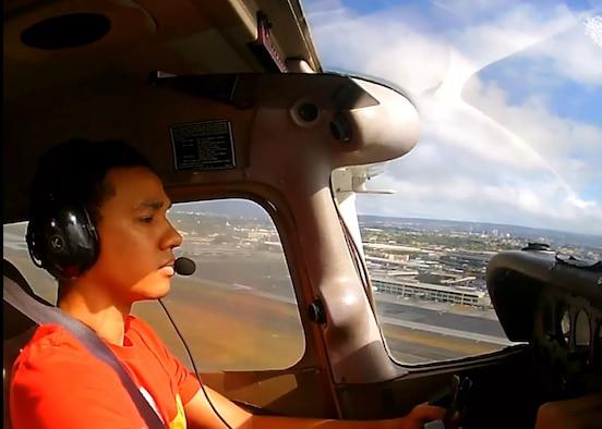 Justin Akaka flies a Cessna 172 over the Hawaiian Islands, July 26, 2018.