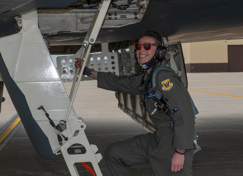 Lambert received the Thomas N. Barnes Crew Chief of the Year Award for her work as the dedicated crew chief of the Spirit of New York, to reward her achievements she earned the opportunity to fly in the stealth bomber.