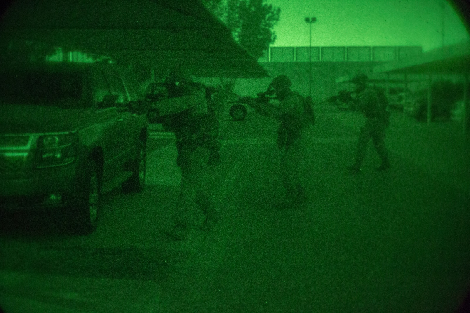 FASTCENT Marines conduct simulated disaster drills at the U.S. Embassy in Qatar