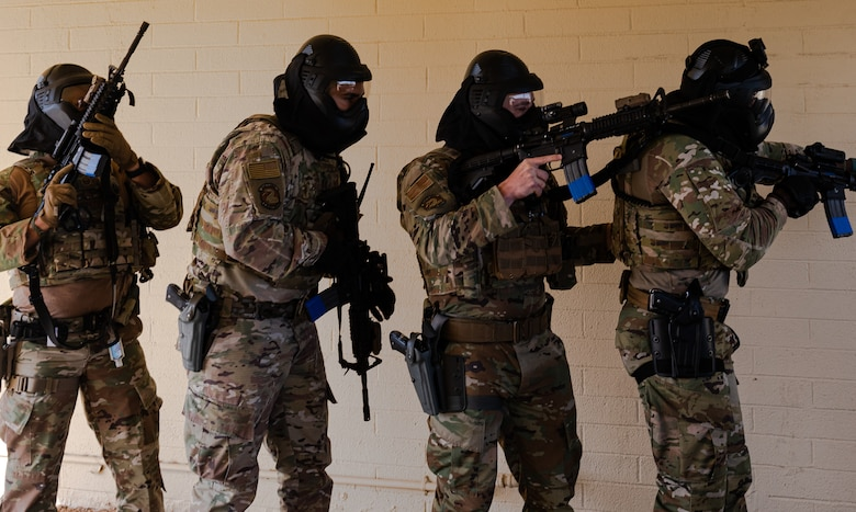 Airmen from the 56th Security Forces Squadron participate in a barricaded suspect demo May 14, 2021, at Luke Air Force Base, Arizona.