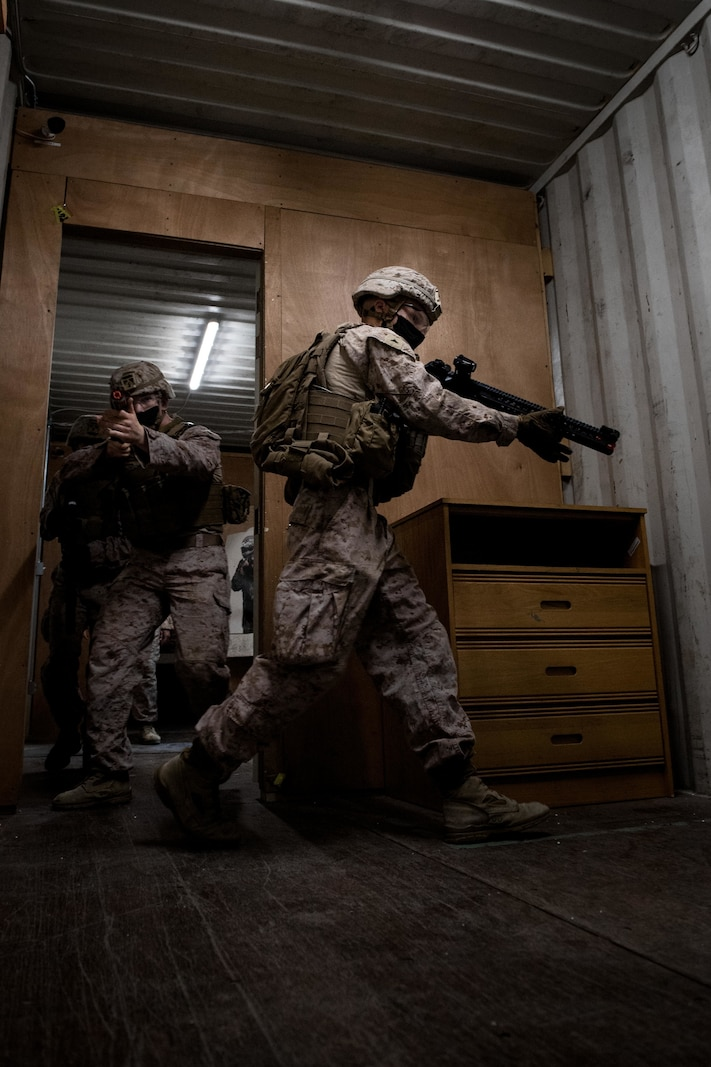 FASTCENT Marines conduct CQB onboard NSA Bahrain