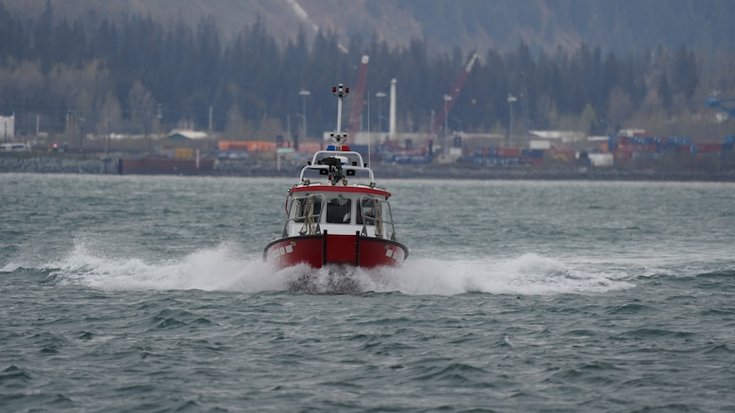 The Seward Alaska Fire Department transport members of the 82nd Civil Support Team, South Dakota National Guard and the 102nd Civil Support Team, Oregon National Guard, out to a simulated incident site aboard the Glacier Express vessel cruising through Resurrection Bay off of the coast of Seward, Alaska, May 19, in support of Exercise ORCA 21. ORCA is a chemical, biological, radioactive, nuclear threats response exercise designed for participants to provide support in the aftermath of hazardous materials incidents. ORCA tests interoperability between agencies, increases opportunities for working relationships and practices requests for assistance methods. Approximately 250 National Guardsmen from CST units in Alaska, California, Connecticut, Colorado, Idaho, Ohio, Oregon, Rhode Island, South Carolina, South Dakota, Washington, and Wisconsin are in Alaska to participate in Exercise ORCA 2021. Numerous support units and civilian agencies participated in the exercise as well. (U.S. Army National Guard photo by Dana Rosso)