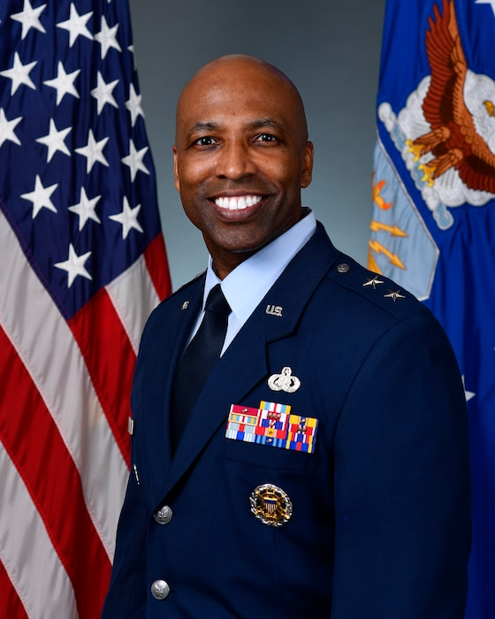 This is the official portrait of Maj. Gen. Troy Dunn.