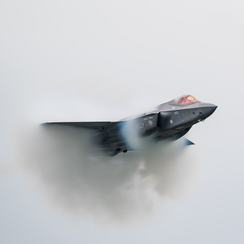 Capt. Andrew Olson, F-35 Lightning II demonstration team pilot and commander, performs aerial maneuvers during the Aero Gatineau-Ottawa Airshow in Gatineau, Quebec, Canada, Sept. 7, 2019. The demonstration team consists of 10 Airmen who showcase the world's most technologically advanced fifth-generation fighter jet. (U.S. Air Force photo by Senior Airman Alexander Cook)
