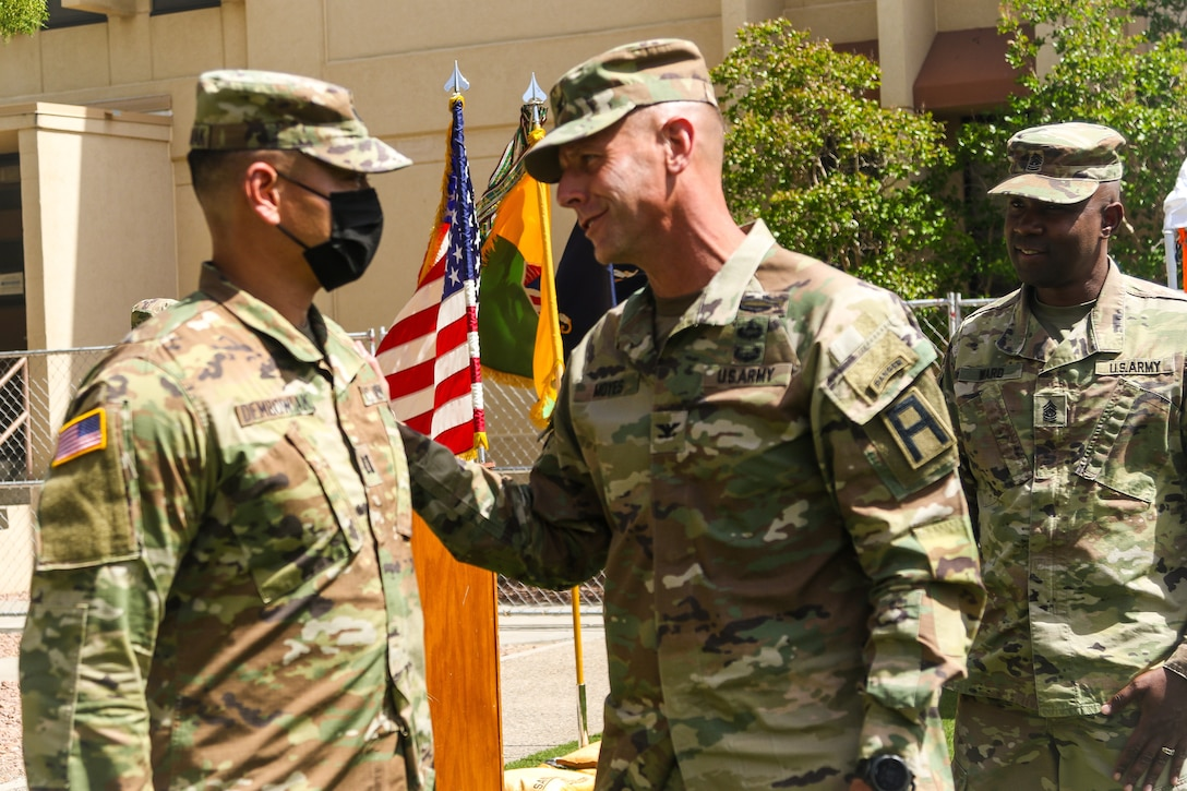 Passing the guidon: Stinger Battalion bids farewell to former commander, welcomes new commander