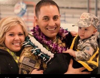 Sgt. 1st Class Sunia (Max) Fonua and family.