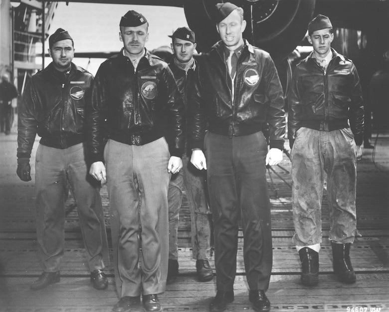Crew No. 8 (Plane #40-2242, target Tokyo): 95th Bombardment Squadron, Capt. Edward J. York, pilot; Lt. Robert G. Emmens, copilot; Lt. Nolan A. Herndon, navigator/bombardier; SSgt. Theodore H. Laban, flight engineer; Sgt. David W. Pohl, gunner. (U.S. Air Force photo)