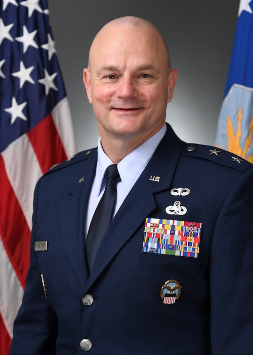 This is the official portrait of Maj. Gen. Allan E. Day.