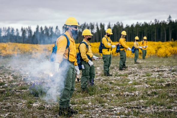 Soldiers from the Washington National Guard take part in wildland firefighter training with the Washington Department of Natural Resources at Joint Base Lewis-McChord May 25, 2021. The Washington National Guard has partnered with the DNR since 2013 to conduct annual wildland firefighter training.