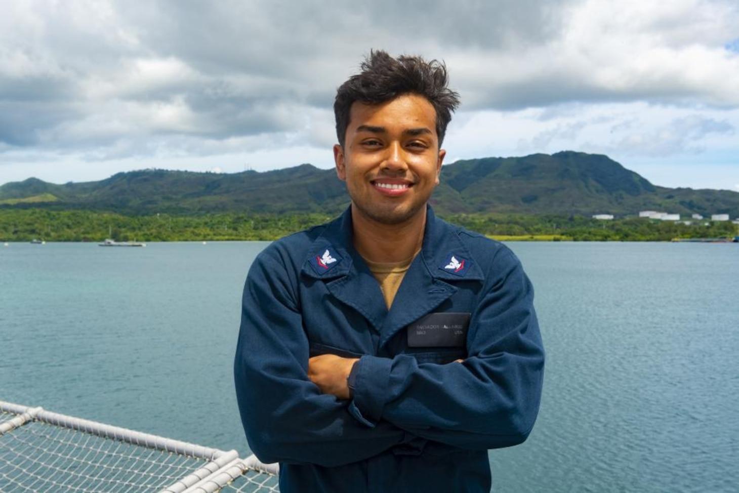 USS Tulsa (LCS 16) Sailor in the Spotlight – Mineman 3rd Class Salvador Gallardo