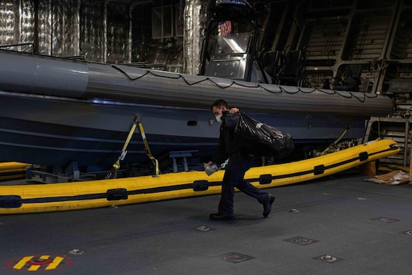 USS Jackson (LCS 6) Sailor Transits Mission Bay