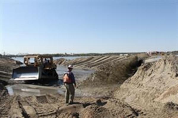 Dredged Material Placement Below Lock & Dam 15