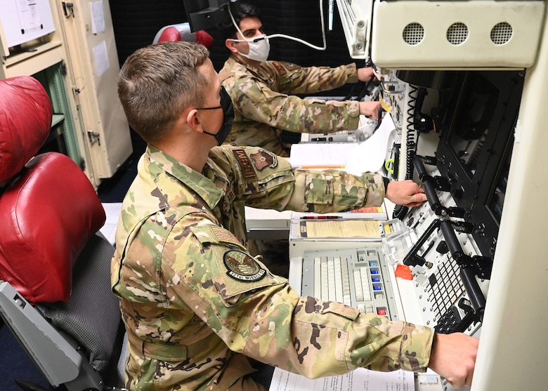 missileer turning keys