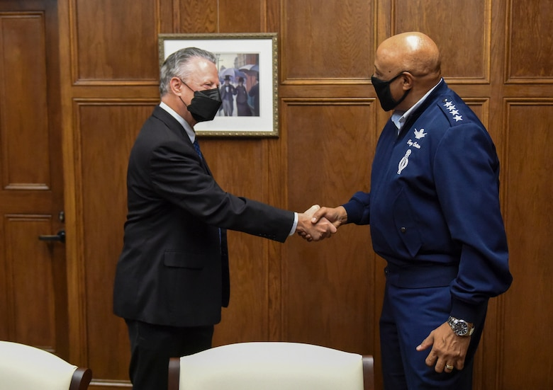 Gen. Anthony Cotton, Commander, Air Force Global Strike Command and Commander, Air Forces Strategic-Air, meets with Dr. Sam Huckaba, Dean of the College of Humanities and Social Sciences. Huckaba administratively oversees the detachment and its cadets progress within the Florida State University system. (U.S. Air Force photo by 1st Lt. Kaylin P. Hankerson)