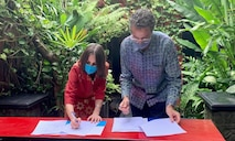 U.S. & UNICEF Sign a New Five-Year Agreement to Support Indonesia's COVID-19 Prevention and Response