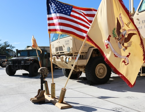 Beaumont-based Army Reserve unit holds Soldier's memorial