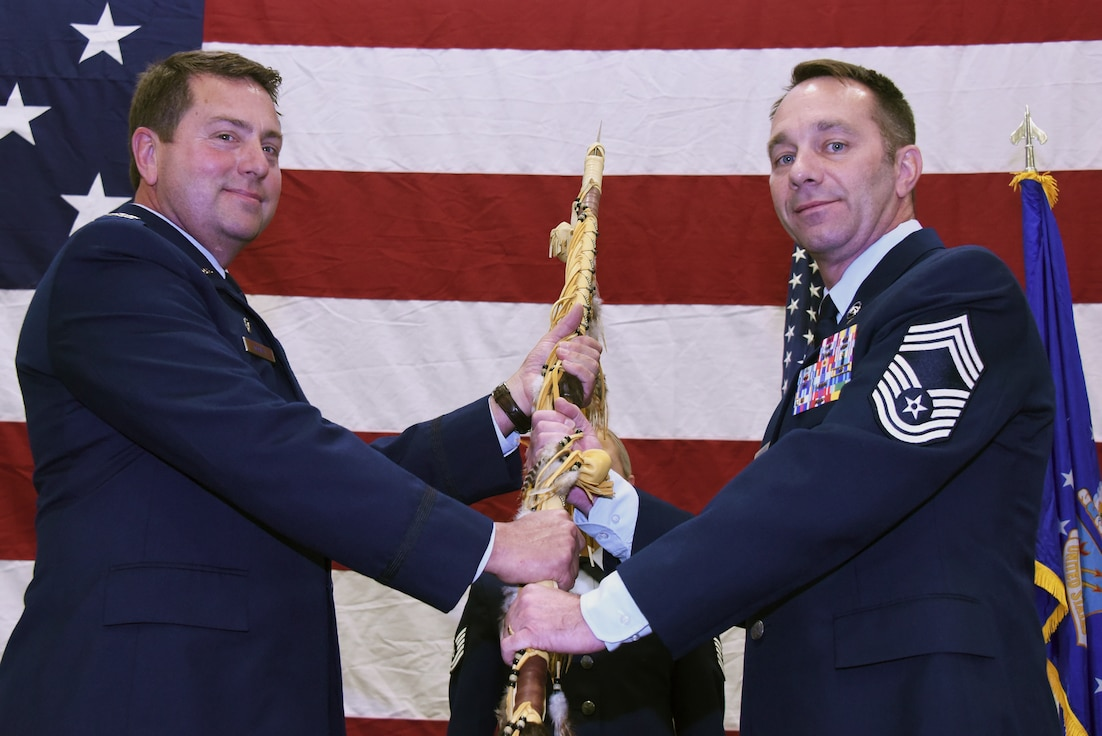 Ron Lorenzen becomes 185th Command Chief