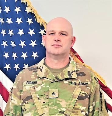 AR Engineer NCO receives DoD Cyber Scholarship