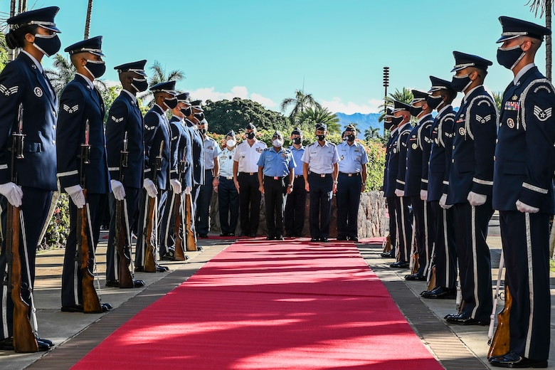 Photo of U.S. Air Force Honor Guardsmen in formation.