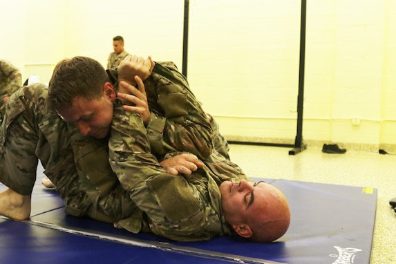 Modern Army Combatives Basic Combatives Course