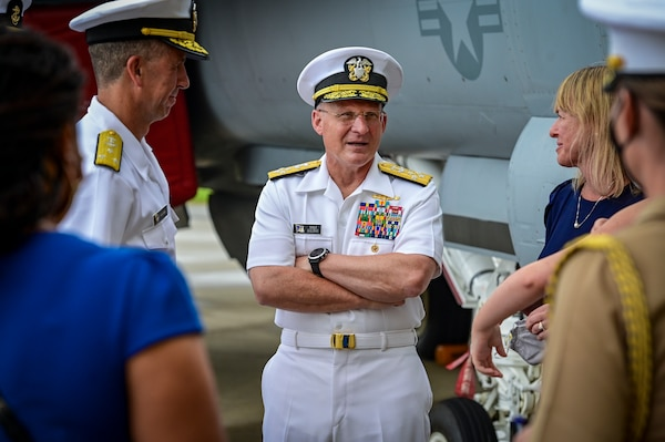 Chief of Naval Operations (CNO) Adm. Mike Gilday, center, speaks after a change of command ceremony for Naval Air Systems Command.