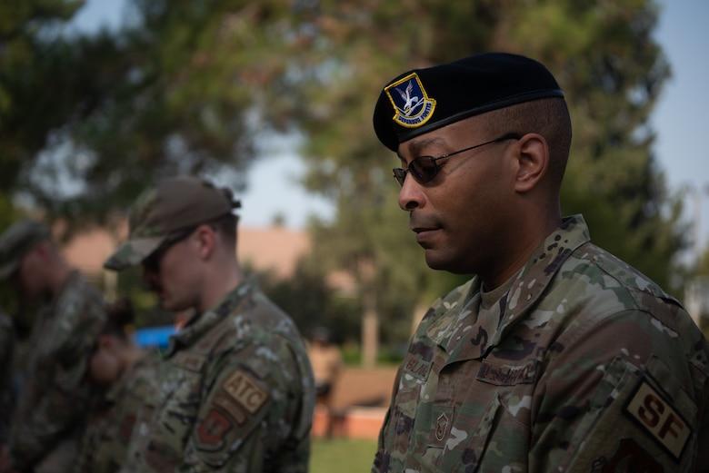 military member praying