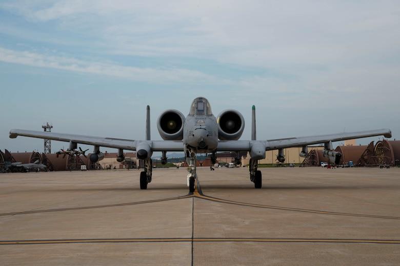 "A-10 Thunderbolt II ""Warthog"" taxis down the runway"