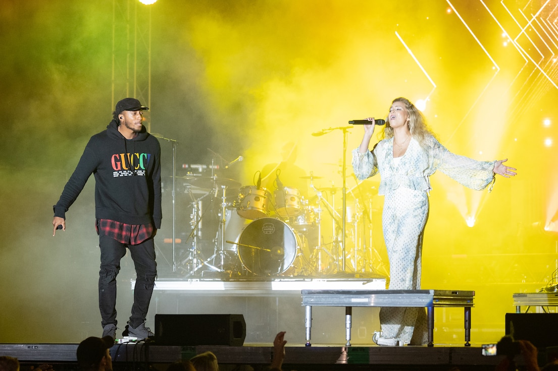 Tori Kelly, Lecrae perform at Dover AFB's End of Summer Concert