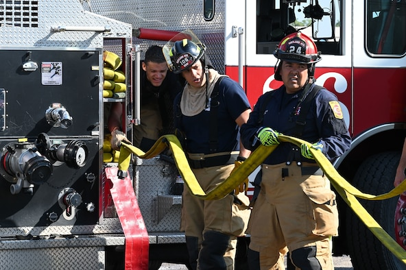 KAFB Firefighters conduct training for real world incidents