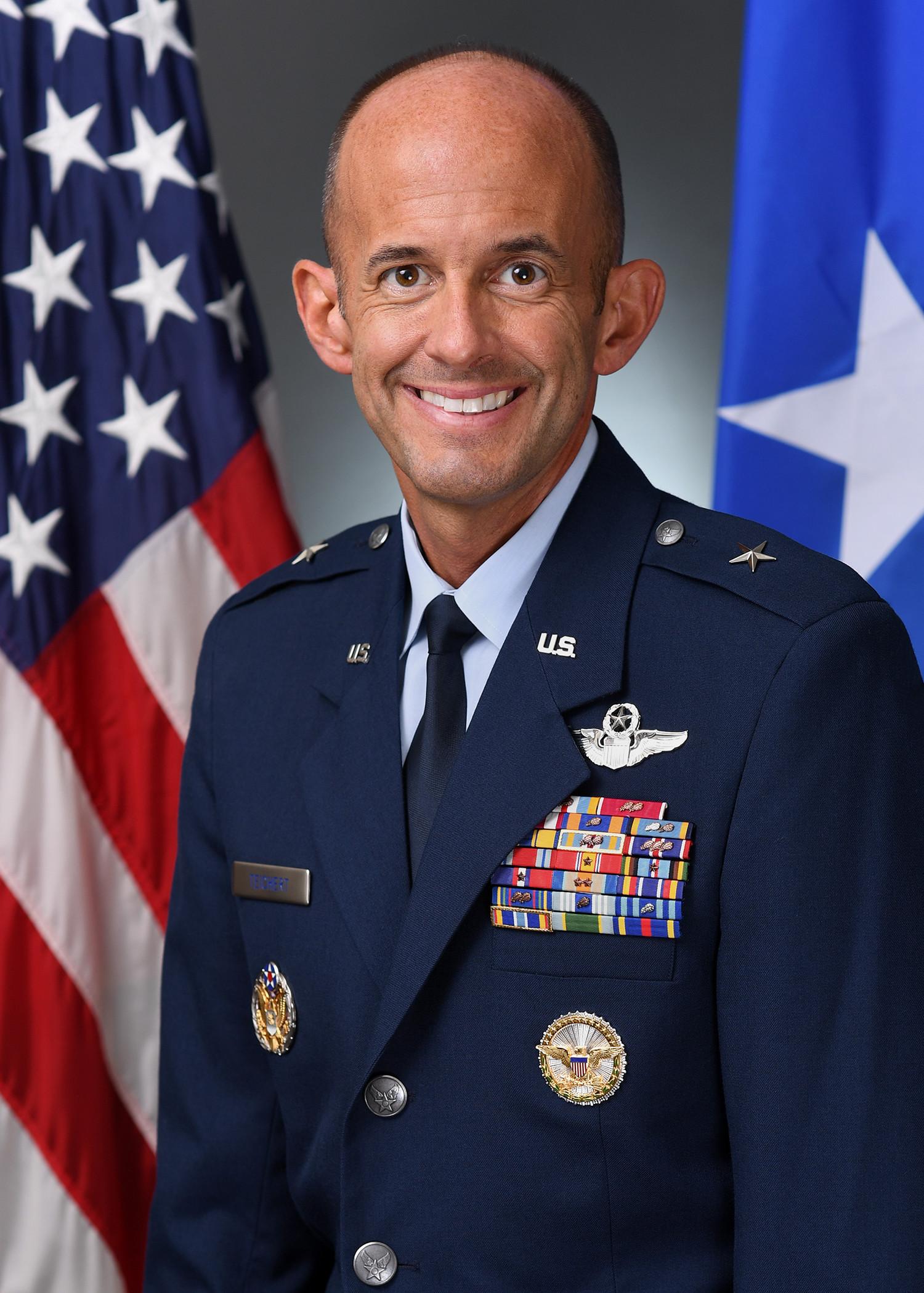 Official photo of Brig. Gen. E. John Teichert