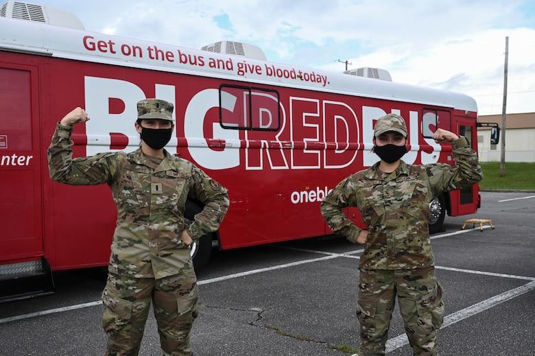 Nomads donate blood, save lives