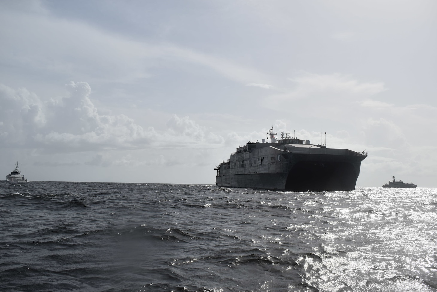 he Spearhead-class expeditionary fast transport ship USNS Burlington (T-EPF-10) conducts a maritime interdiction exercise with Trinidad and Tobago Coast Guard patrol ships TTS Carli Bay (CG 28) and TTS Scarborough (CG 42), Sept. 15, 2021.