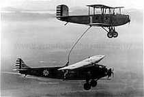 Question Mark (below) and Douglas C-1 Refueling biplane, January 1929. (Courtesy Photo)