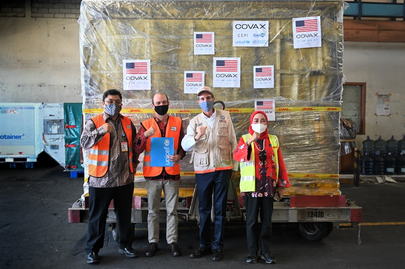 The United States' Donation of 4.6 Million Pfizer Vaccines to Indonesia Begins to Arrive