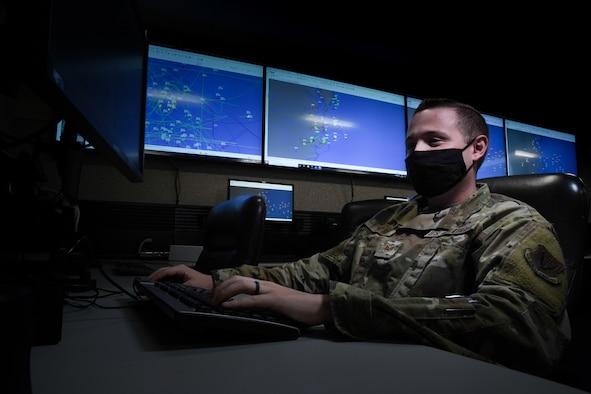Airmen on computer