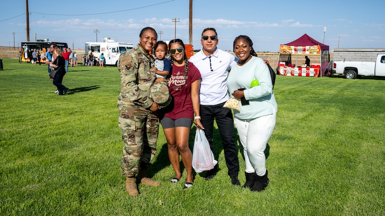 Team Edwards and family members enjoy a picnic in celebration of the Air Force's 74th birthday at Wings Field on Edwards Air Force Base, California, Sept. 17. (Air Force photo by Katherine Franco)