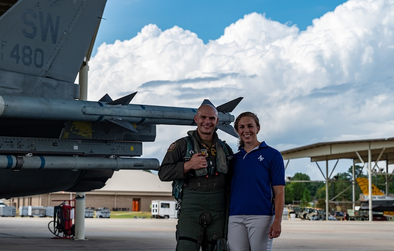 Photo of Airman and his wife
