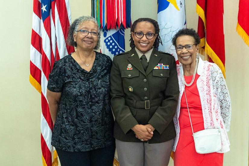Col. Daphne Davis promoted to brigadier general
