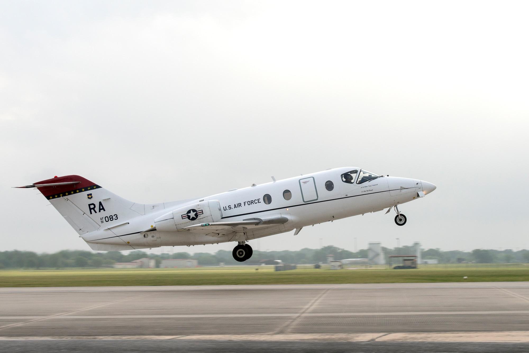 A T-1A takes off at Joint Base San Antonio-Randolph