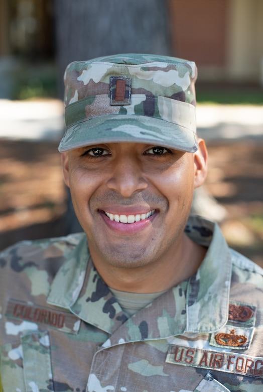 Photo of an Airman in uniform