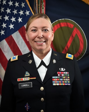 COL STACY CORDELL, DCO, 85TH USARSC